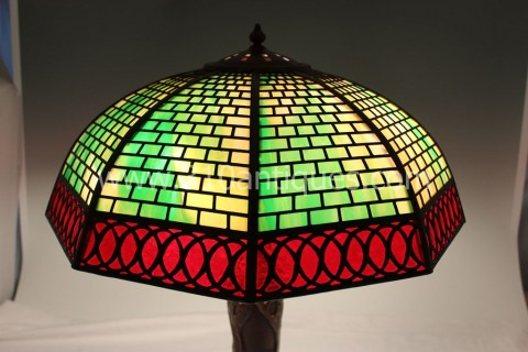Antique Handel  Geometric Overlay Table Lamp (1)