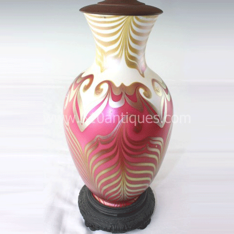 Antique-Steuben-or-Quezal-King-Tut-style-Table-Lamp-Art-Glass-1-320x480_2