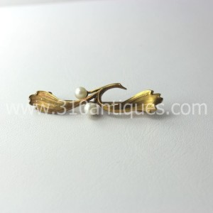 Art Nouveau 14kt Gold Pin with Pearls (1)