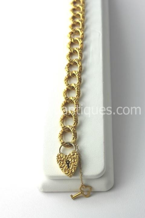 Victorian Gold Lock 14KT Gold Bracelet With Key! (1)
