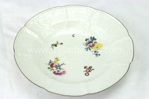 Meissen Molded Floral Soup Bowl 18th century 12 (2)