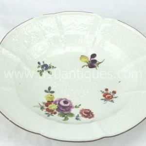 Meissen Molded Floral Soup Bowl 18th century 4 (2)