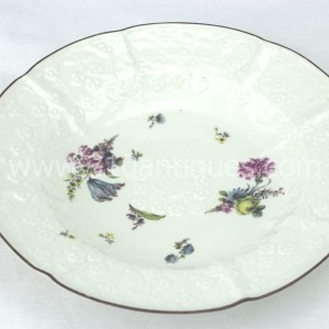 Meissen Molded Floral Soup Bowl 18th century 8 (2)