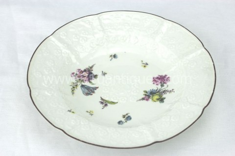 Meissen Molded Floral Soup Bowl 18th century 8 (2)