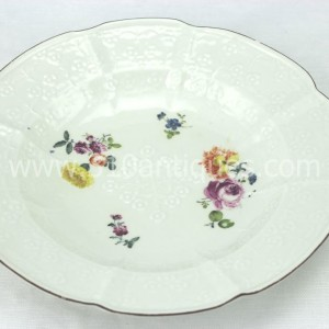 Meissen Molded Floral Soup Bowl 18th century 9 (2)